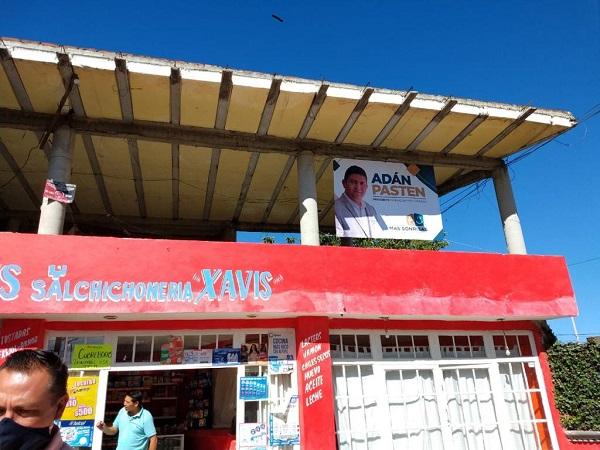 Familias de Cuautlancingo se continúan sumando a la Fundación Más Sonrisas