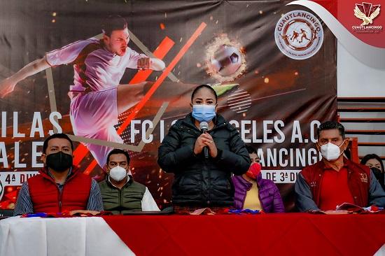 Presenta Lupita Daniel avances de los equipos de tercera y cuarta división de Cuautlancingo